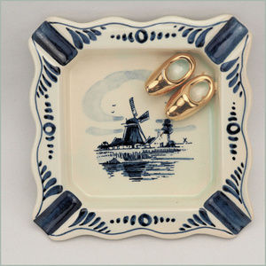 Vintage Delft Hand Painted Ashtray Holland